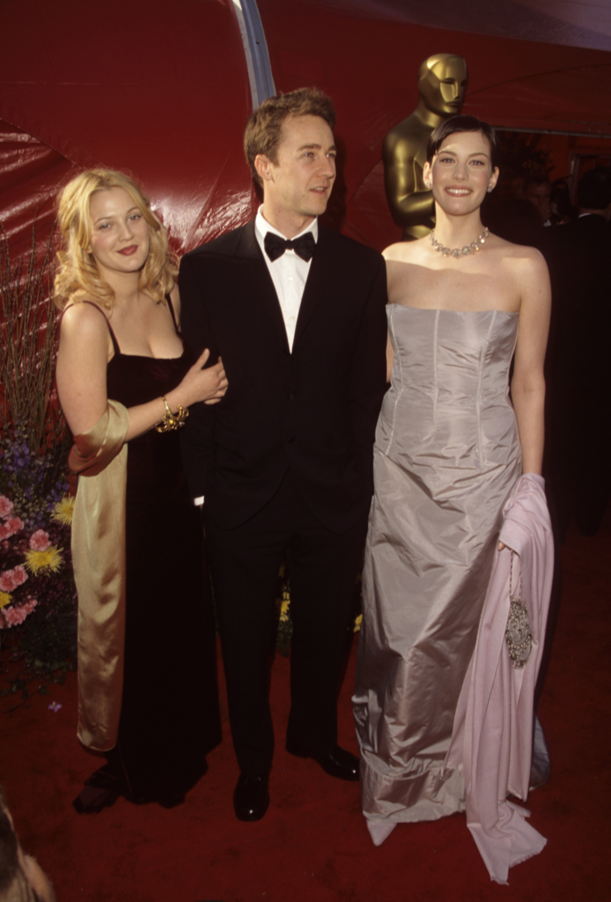 Drew Barrymore And Liv Tyler 1999 This Is What The