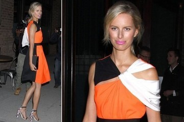 Karolina Kurkova's Pink Lip and Orange Dress