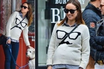 Olivia Wilde's Fun Knit Sweater