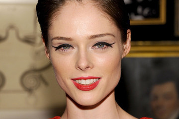 Let's Discuss Coco Rocha's Graphic Eyeliner