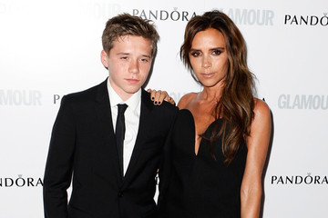 Victoria Beckham's Trip to Claire's, Cynthia Rowley Collaborates with Zosia Mamet and More