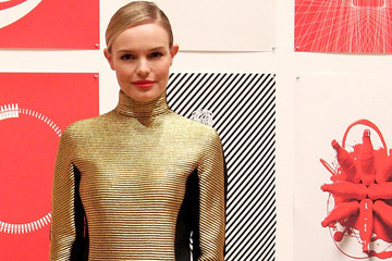 Look of the Day: Kate Bosworth's Turtleneck Dress