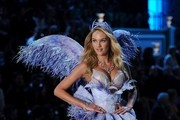 The Hottest Models From the 2011 Victoria's Secret Fashion Show