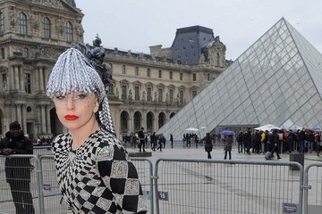 Lady Gaga Takes Paris