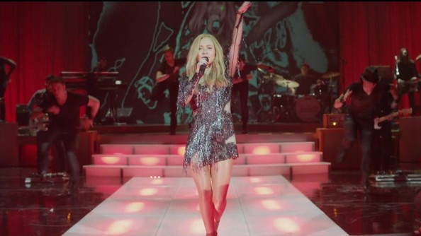Hayden Panettiere's Embellished Fringe Dress on 'Nashville'