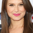 Katie Lowes Style