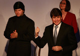 Rod+Blagojevich in Blagojevich Appears With Cast In Second City Sketch