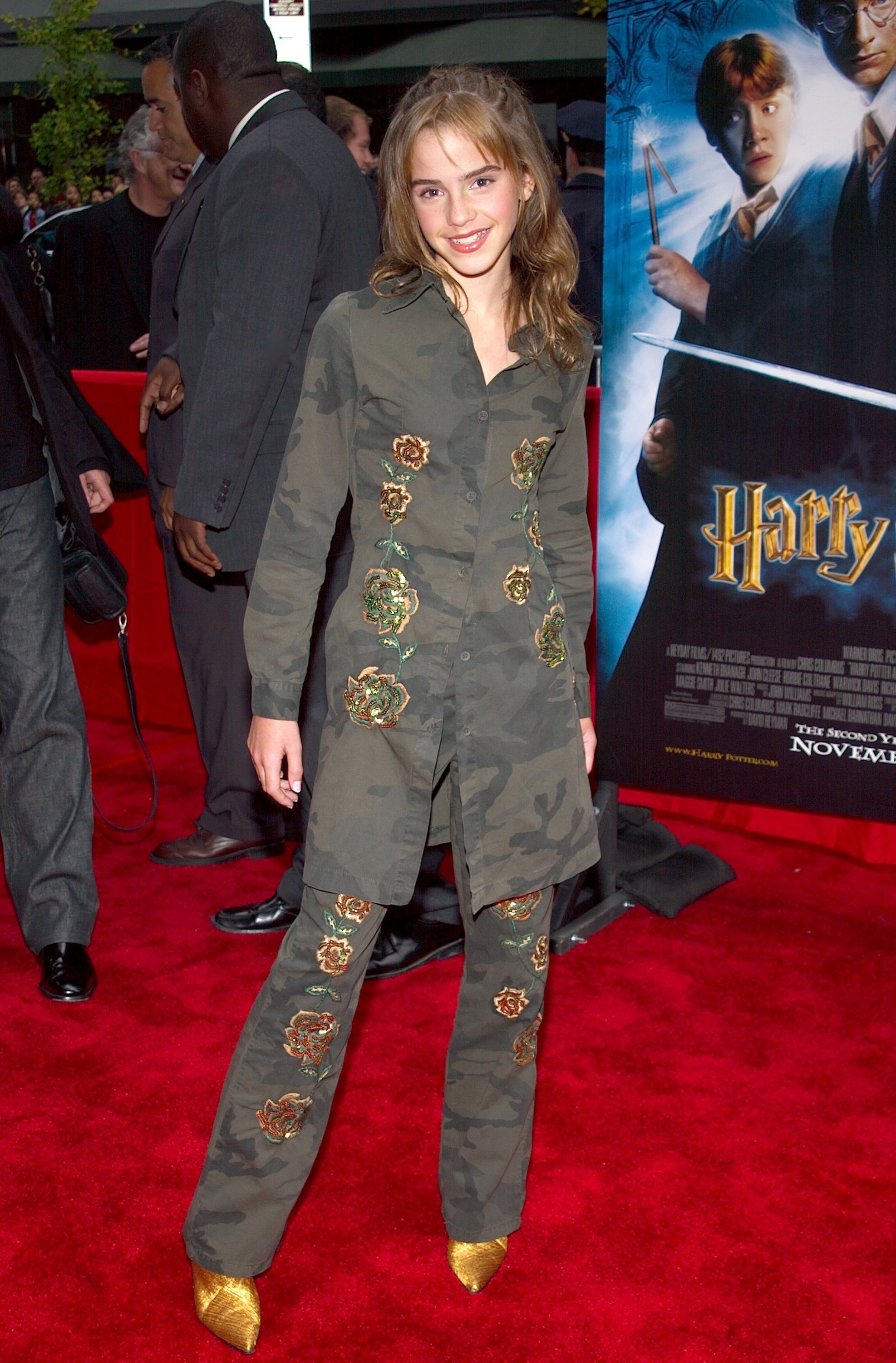 Questionable Clothing Items Stars Wore In The Early 2000s Stylebistro