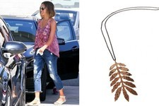Found: Jessica Alba's Leaf Pendant Necklace
