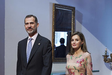 Look of the Day: Queen Letizia of Spain's Sweet Style