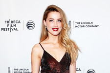 Amber Heard Sparkles at the Premiere of Her New Movie