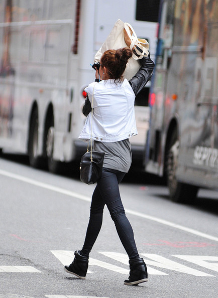 More Pics of Amanda Bynes Leggings (2 of 17) - Amanda Bynes Lookbook - StyleBistro