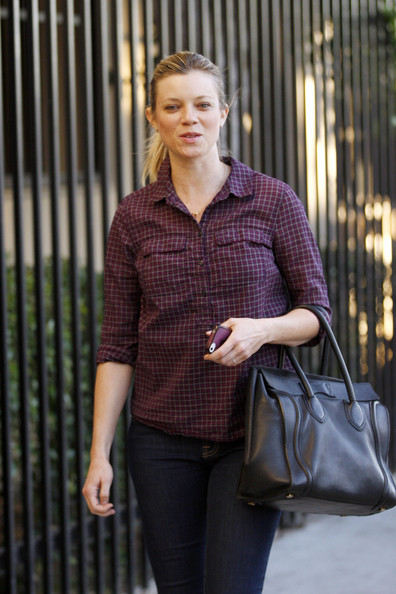 More Pics of Amy Smart Button Down Shirt (1 of 20) - Amy Smart Lookbook - StyleBistro