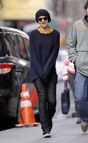 "Carey Mulligan was hardly recognizable on the set of ""Inside Llewyn Davis"" in slouchy charcoal jeans and a navy beanie."