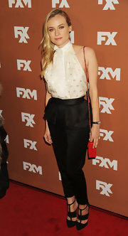 Diane Kruger chose these black peplum skinny pants to top off her effortless look at the FX Upfront Bowling Event.