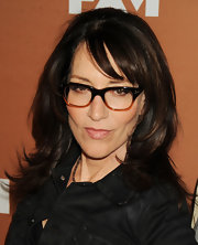 Katey Sagal chose this choppy layered cut to give her thick chocolate hair lots of texture and dimension.