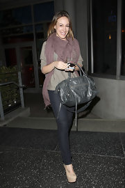 Haylie Diff was spotted dining at Cafe Was in nude pumps with towering platforms.