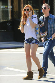 Lindsay chose a lacy t-shirt for her casual and comfy look while out in NYC.