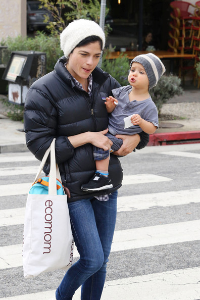More Pics of Selma Blair Skinny Jeans (3 of 12) - Selma Blair Lookbook - StyleBistro
