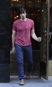 Adam Driver looked casual and cool in a t-shirt, which he wore to the set of 'Girls.'