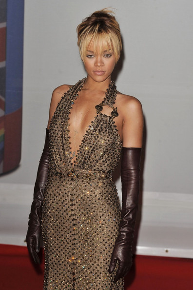 More Pics of Rihanna French Twist (1 of 15) - French Twist Lookbook - StyleBistro