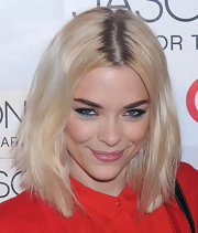Jaime King wore a pearlescent teal liner along with plenty of volumizing mascara at the launch of Jason Wu for Target.