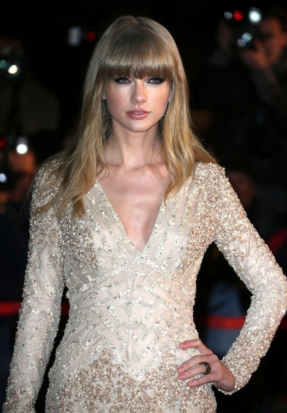 More Pics of Taylor Swift Beaded Dress (2 of 11) - Taylor Swift Lookbook - StyleBistro
