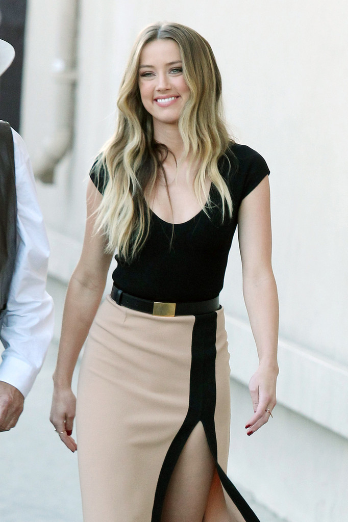 Amber Heard Shows Some Leg on 'Jimmy Kimmel Live!'