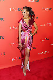 Kerry Washington complemented her pink watercolor gown with champagne platform peep-toes.