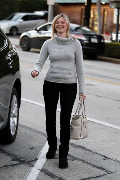 More Pics of Amy Smart Sheepskin Boots (1 of 12) - Amy Smart Lookbook - StyleBistro