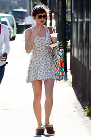 Jessica donned a sweet floral dress over a swimsuit on the set of 90210.