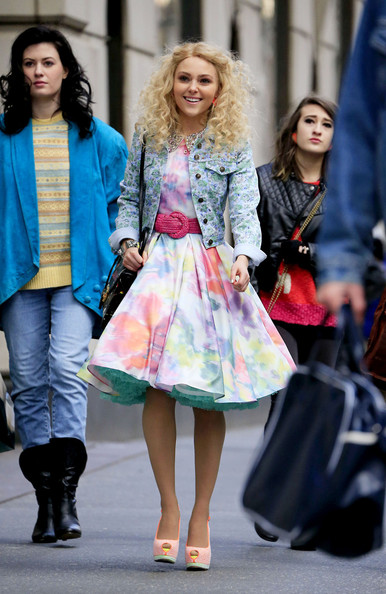More Pics of AnnaSophia Robb Platform Pumps (1 of 23) - AnnaSophia Robb Lookbook - StyleBistro