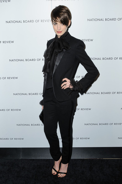 More Pics of Anne Hathaway Pantsuit (2 of 2) - Anne Hathaway Lookbook - StyleBistro