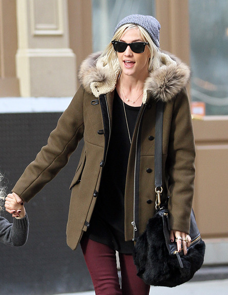 More Pics of Ashlee Simpson Skinny Jeans (5 of 20) - Ashlee Simpson Lookbook - StyleBistro