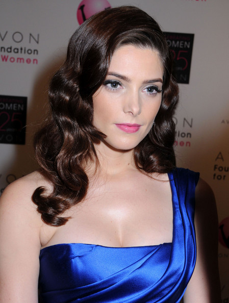 Ashley Greene's Glam Locks