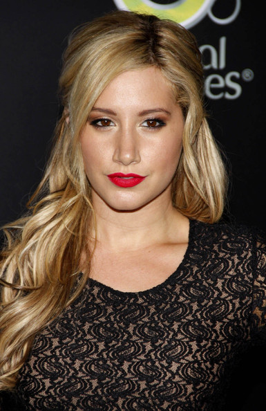 Ashley Tisdale Red Lipstick