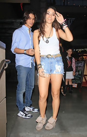 Fivel Stewart was seen at the Rolling Stone Lounge wearing a pair of suede ankle boots.