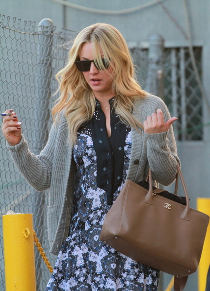 More Pics of Kaley Cuoco Long Wavy Cut (1 of 19) - Kaley Cuoco Lookbook - StyleBistro
