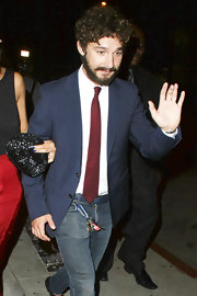 Shia LaBeouf's red tie and navy blazer at the 'Born Villain' premiere were a super handsome pairing.