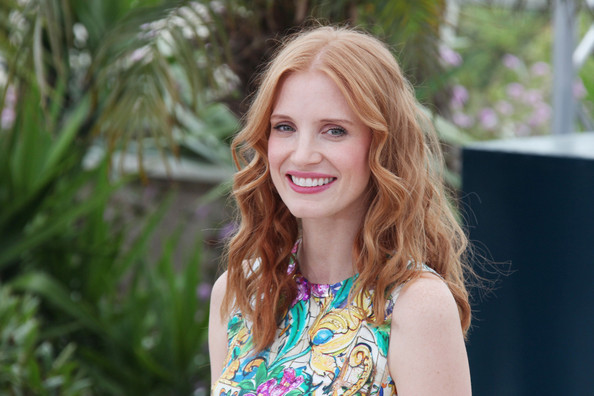 More Pics of Jessica Chastain Long Wavy Cut (5 of 6) - Jessica Chastain Lookbook - StyleBistro
