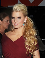 Jessica Simpson wore here hair in a sexy half up, half down style while out in NYC.