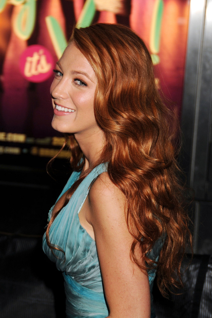 "Blake Lively showcases her new auburn locks on the red carpet for the presitgious Time 100 Gala, held at the Frederick G Rose Hall in New York City. Dressed in a stunning turquoise gown, the ""Gossip Girl"" star showed she was bang on-trend with a ""dagger nails"" manicure. The event showcased Time magazine&squot;s 100 Most Influential People in the World."