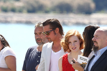 "Brad Pitt Jessica Chastain The Cannes Film Festival ""The Tree of life"" Photocall 4"
