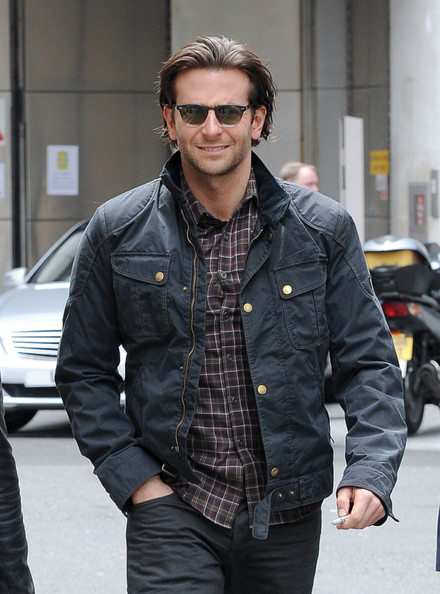 More Pics of Bradley Cooper Utility Jacket (1 of 10) - Bradley Cooper Lookbook - StyleBistro