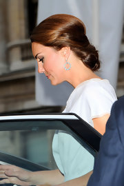 The Duchess wore her hair in an extremely elegant wrapped low 'do.