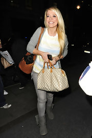 Liz Mcclarnon's Louis Vuitton bowler bag looked perfectly stylish for a gal on the go.