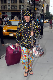 Perez Hilton really went all out with the prints, from his hoodie to his pajama bottoms to his messenger bag.