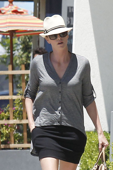 More Pics of Charlize Theron Cardigan (1 of 22) - Charlize Theron Lookbook - StyleBistro