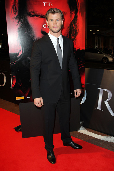 Chris was suited up in a sleek black suit for the 'Thor' premiere in Sydney.