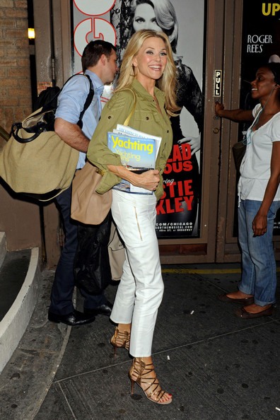 More Pics of Christie Brinkley Button Down Shirt (5 of 8) - Christie Brinkley Lookbook - StyleBistro